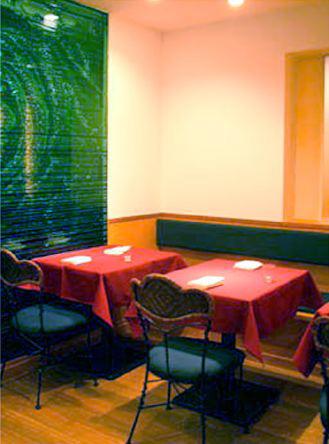 Restaurant Aqua Grill 麻布十番 積層ガラス
