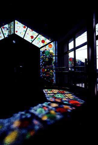 印旛教育会館 ステンドグラス