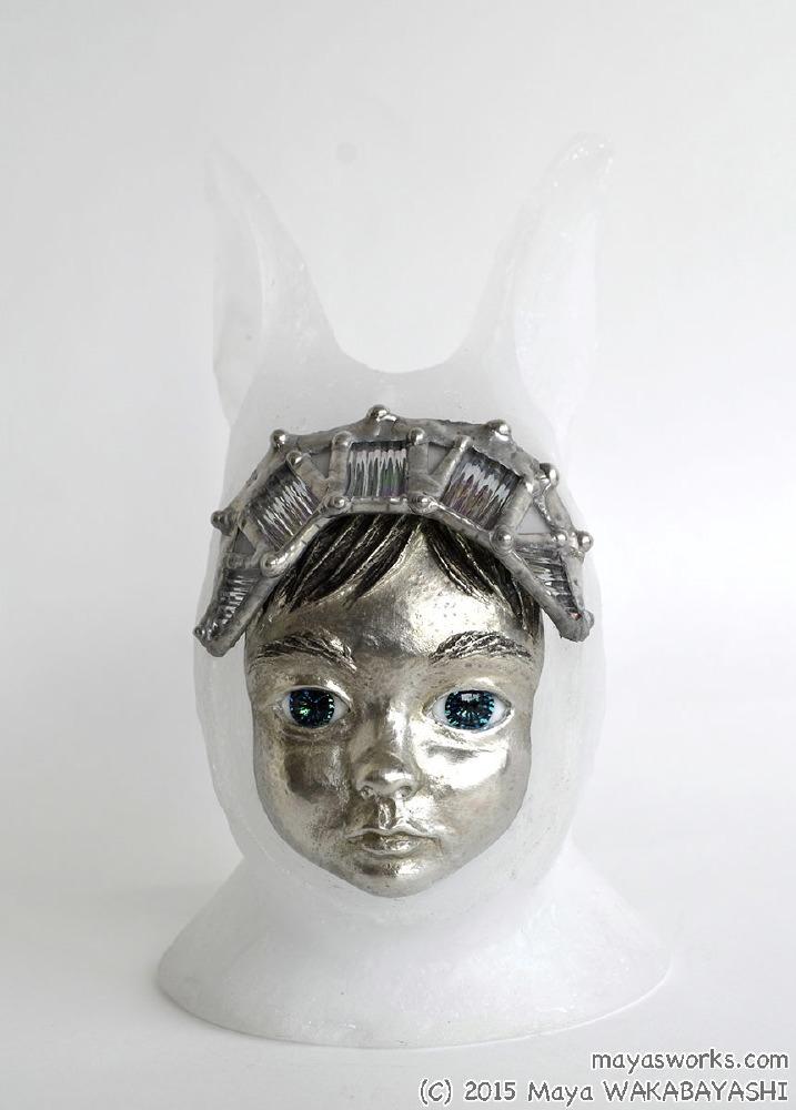 Rabbit・おすまし 2015 ガラス、錫 glass, tin W110 × D85 × H165mm Maya's 鍛金・ガラス造形作家 若林 真耶 Metal & Glass Artist Maya Wakabayashi