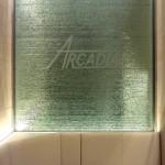 アルカディア歯科・大倉山 積層ガラス