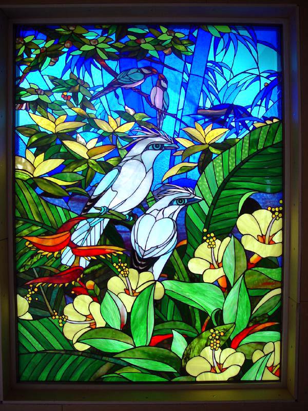 金子邸・鳥のステンドグラスパネル