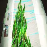 《小出邸 ゴッホ・糸杉のステンドグラス》 糸杉の部分はオパールセントガラスで 背景はアンティークグラスでカットします。
