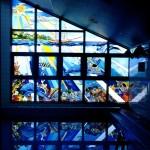 ステンドグラスと映り込みで、本当に海の中にいるような気分になり、幻想的な空間を作ることができました。