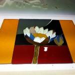 エナメル絵付けのワークショップ・花のステンドグラス 小パネル ガラスカット