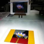 エナメル絵付けのワークショップ・花のステンドグラス 小パネル ガラスカット終了