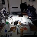 エナメル絵付けのワークショップ・花のステンドグラス 小パネル 作業風景