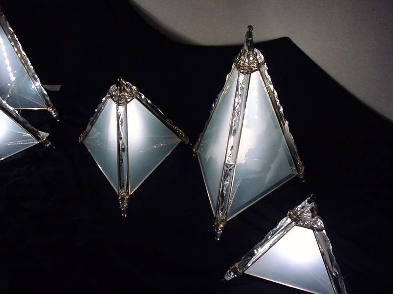 Prism_Light02