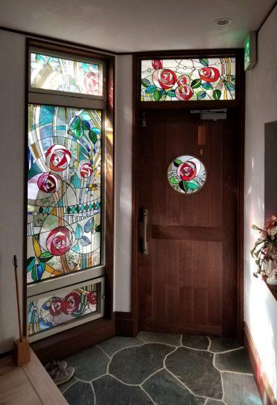バースハーモニー助産院美しが丘・ステンドグラス