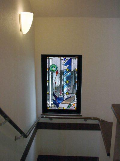 菅野邸・階段室のステンドグラス